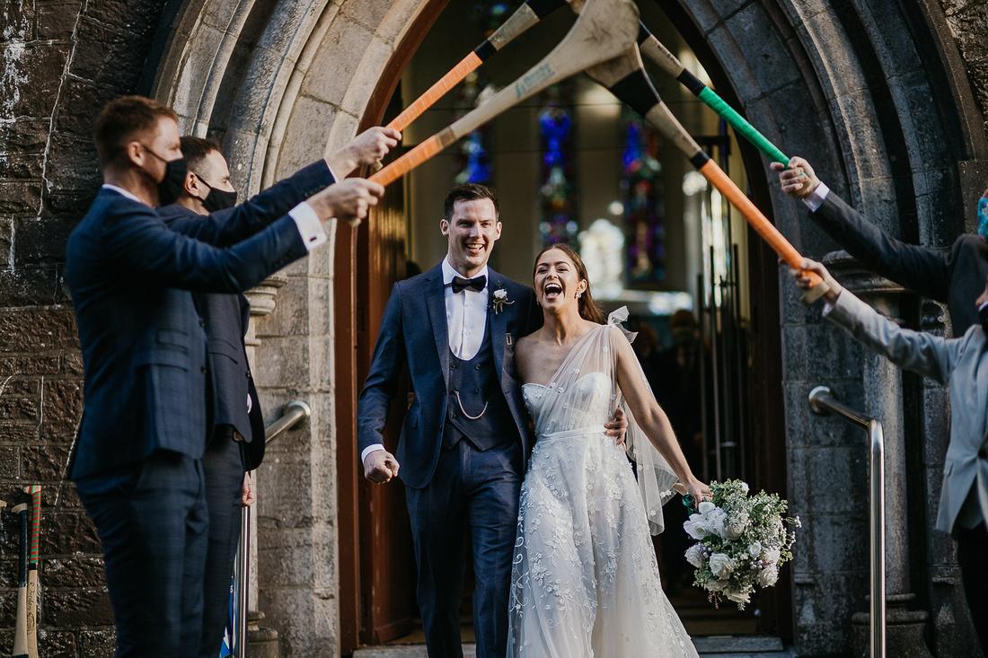 choosing a wedding bouquet Ireland